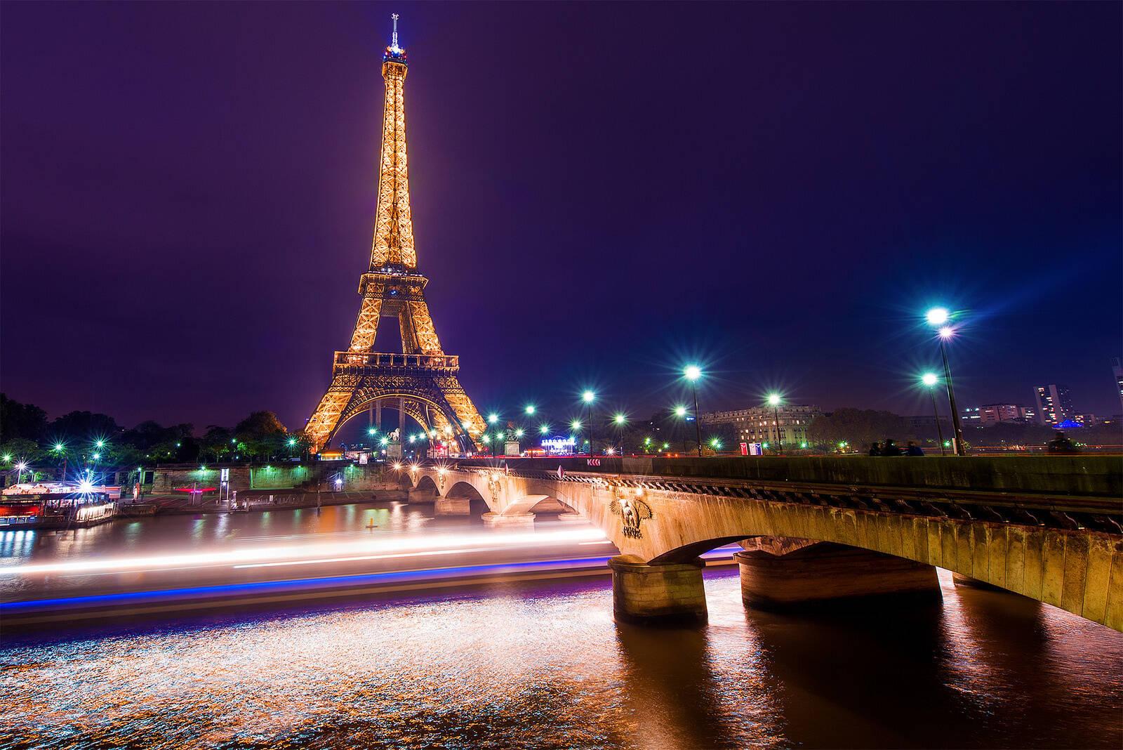 lifebuzz 34047828fbaa7ba8c9a2ec83c842d96d limit 2000 Τα 25 καλύτερα μέρη για να ταξιδέψεις το 2015... Το #16 είναι ΤΕΛΕΙΟ για ρομαντικές συναντήσεις