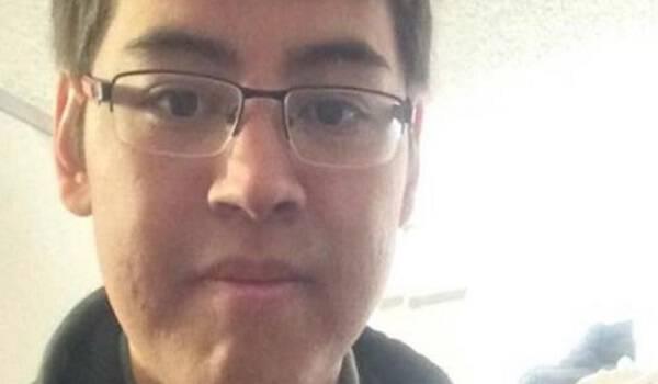 Νεαρός καταγράφει την μεταμόρφωση του σε γυναίκα μέσα από μια σειρά από Selfies