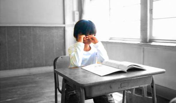 Τα μη «λαμπερά» παιδιά…(Τα παιδιά που κάθονται στα πίσω θρανία)