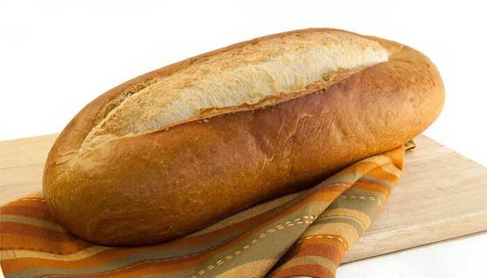 Εβαζε το ψωμί στο ψυγείο για να το κρατά φρέσκο!- Μετά απ' αυτό που θα δείτε… δεν θα το ξανακάνετε! (Βίντεο)