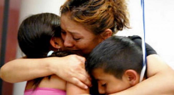 Μια μάνα με δυο παιδιά ζήτησε τρόφιμα, από τον υπεύθυνο ενός Μάρκετ. Η απάντηση του ήταν ανεκτίμητη