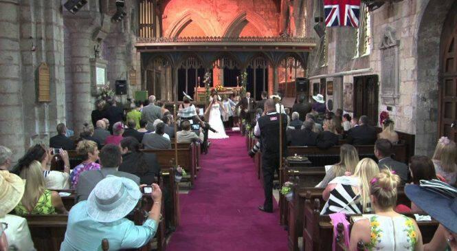 Στην αρχή φαίνονταν σαν άλλος ένας φυσιολογικός γάμος. Μέχρι που συνέβη το απίστευτο…!!!-ΒΙΝΤΕΟ