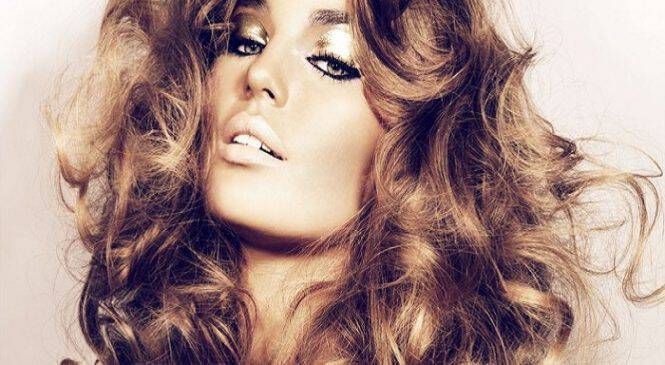 Πώς να δώσετε όγκο στα μαλλιά σας!