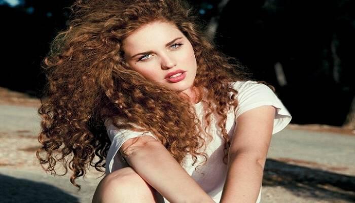 Έχεις σγουρά μαλλιά; – 6 tips που θα τα κάνουν απαλά σαν μετάξι!