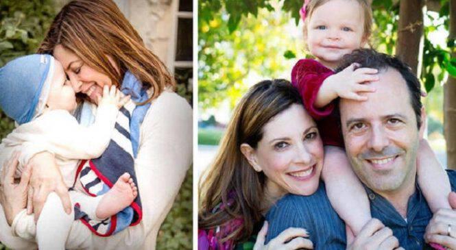 Μία γυναίκα που έγινε μητέρα στα 53 της στέλνει μήνυμα σε όλες όσες νομίζουν ότι είναι πια αργά