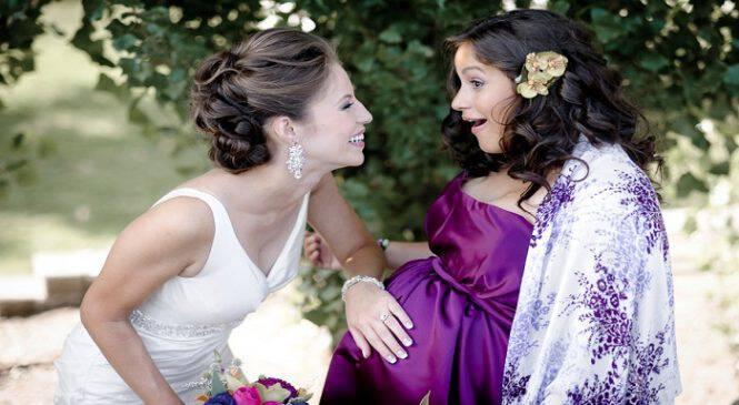 Η αδερφή μου δεν με θέλει στο γάμο της γιατί φοβάται ότι θα της χαλάσω τις φωτογραφίες λόγω εγκυμοσύνης