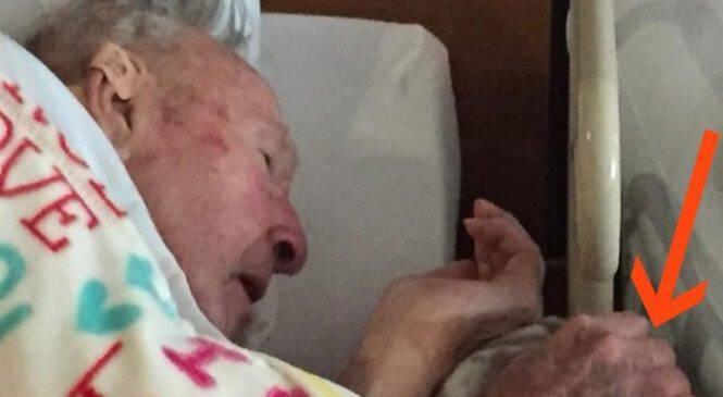 Λίγο πριν Πεθάνει ο Παππούς της, τράβηξε ΑΥΤΗ τη Φωτογραφία. Αυτό που Κρατάει στα Χέρια του θα σας Κάνει να δακρύσετε!