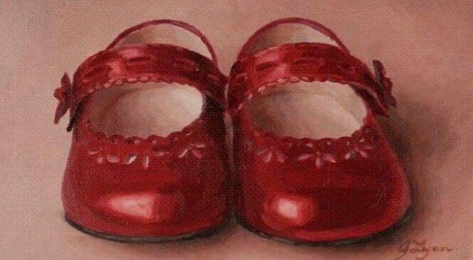 Το κοριτσάκι με τα κόκκινα λαμπριάτικα παπούτσια