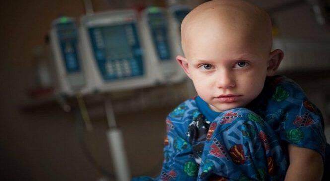 Ο γιος μου είχε καρκίνο και αρνούμαι να το ξεχάσω. Για χάρη των παιδιών, που δεν γύρισαν γερά στα σπίτια τους