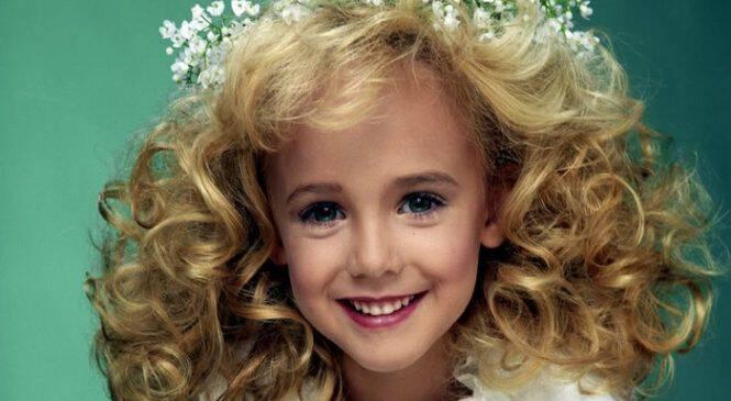 Ο σοκαριστικός θάνατος της 6χρονης Βασίλισσας της Ομορφιάς, Τζονμπενέτ Ράμσεϊ
