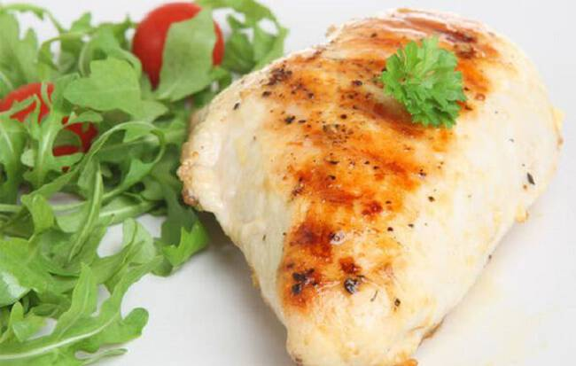 Άπαχη πρωτεΐνη: Οι 2 top τροφές για απώλεια βάρους και αύξηση της μυϊκής μάζας
