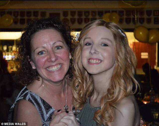 Sarah Griffiths, 43, recalled the last moments before her daughter, Daisy Wyatt, died of rare blood cancer Ewing's Sarcoma at just 14 years old